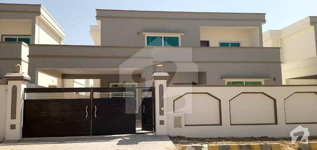 500 Sq Yard Park Facing 5 Bed Dd New House Falcon Baloch Colony