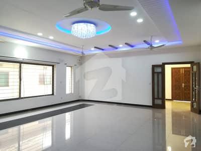 ڈی ایچ اے فیز 1 - سیکٹر بی ڈی ایچ اے ڈیفینس فیز 1 ڈی ایچ اے ڈیفینس اسلام آباد میں 3 کمروں کا 1 کنال بالائی پورشن 44 ہزار میں کرایہ پر دستیاب ہے۔