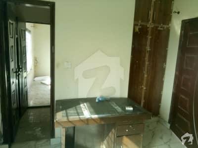 کینال گارڈن لاہور میں 2 کمروں کا 4 مرلہ فلیٹ 15 ہزار میں کرایہ پر دستیاب ہے۔
