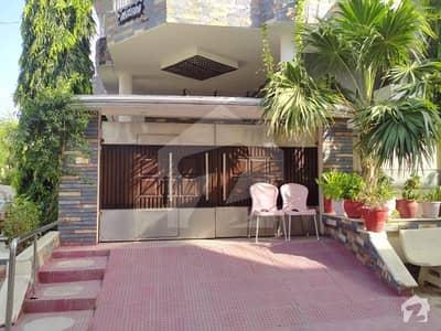 گلستانِِ جوہر ۔ بلاک 16 گلستانِ جوہر کراچی میں 11 کمروں کا 10 مرلہ مکان 4.35 کروڑ میں برائے فروخت۔