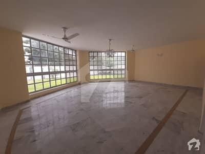 Old Duplex House For Sale In F-7 Islamabad