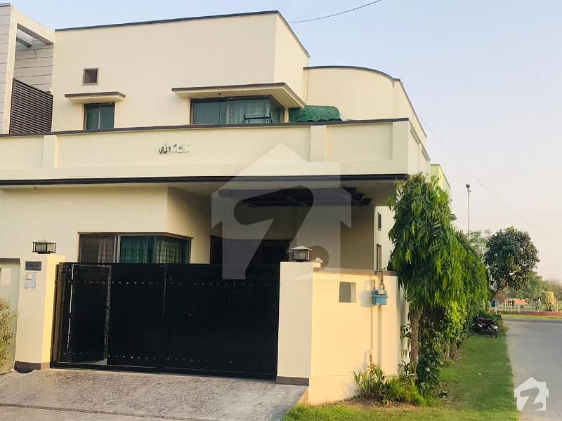 10 Marla Beautiful House Is Available For Sale In Ex Air Avenue DHA Phase 8