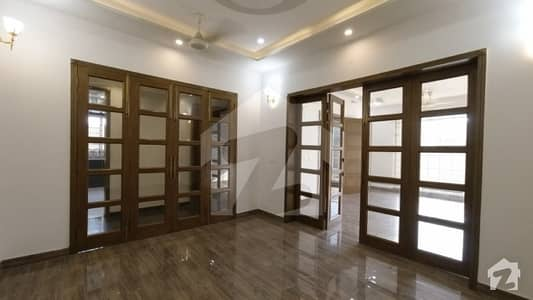 1 Kanal House For Sale In A Block Of Audit & Accounts Phase 1 Lahore