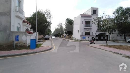 بحریہ آرچرڈ فیز 1 ۔ ایسٹزن بحریہ آرچرڈ فیز 1 بحریہ آرچرڈ لاہور میں 3 کمروں کا 5 مرلہ مکان 74.9 لاکھ میں برائے فروخت۔