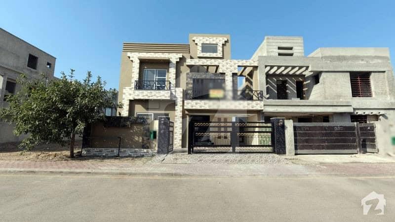 بحریہ ٹاؤن - طلحہ بلاک بحریہ ٹاؤن سیکٹر ای بحریہ ٹاؤن لاہور میں 5 کمروں کا 10 مرلہ مکان 2.1 کروڑ میں برائے فروخت۔