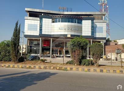 In GT Road 71 Marla Building For Sale