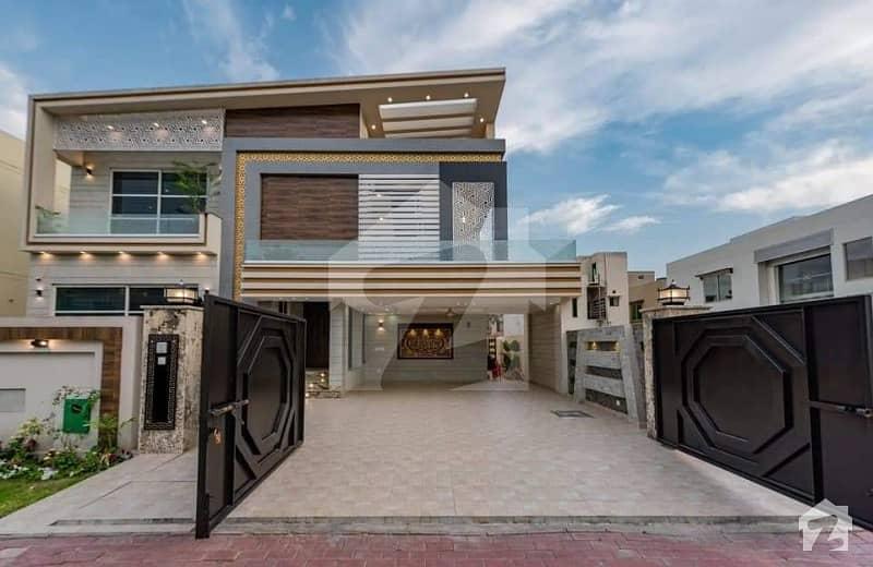 One Kanal Luxury Villa For Sale Near Park Commercial Jalal Sons
