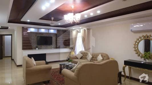 ڈی ایچ اے ڈیفینس لاہور میں 3 کمروں کا 9 مرلہ فلیٹ 3.75 لاکھ میں کرایہ پر دستیاب ہے۔
