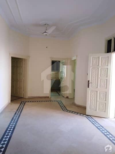 شلے ویلی راولپنڈی میں 3 کمروں کا 7 مرلہ بالائی پورشن 30 ہزار میں کرایہ پر دستیاب ہے۔