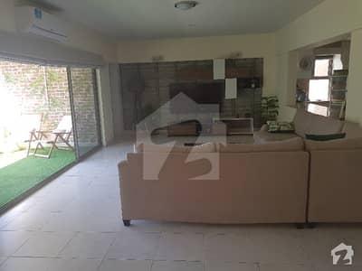 کنٹری کلب آپارٹمنٹس اسلام آباد - مری ایکسپریس وے اسلام آباد میں 4 کمروں کا 19 مرلہ فلیٹ 3.15 کروڑ میں برائے فروخت۔
