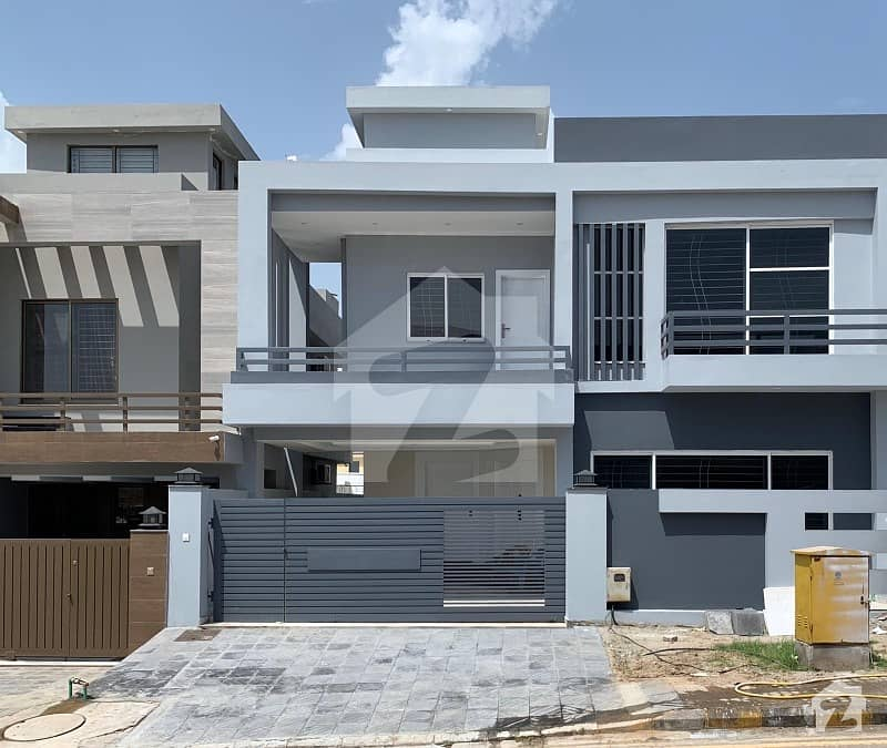Bahria Town Rawalpindi 2250  Square Feet House Up For Sale