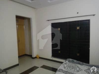 پیراگون سٹی - امپیریل 2 بلاک پیراگون سٹی لاہور میں 2 کمروں کا 10 مرلہ بالائی پورشن 34 ہزار میں کرایہ پر دستیاب ہے۔