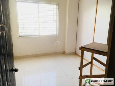King's Continental Boys Hostel Near Jinnah Hospital And Fast University Lahore - Room For Rent