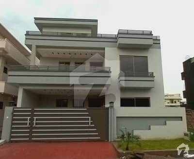 10 Marla Double Storey House Is Available For Saw