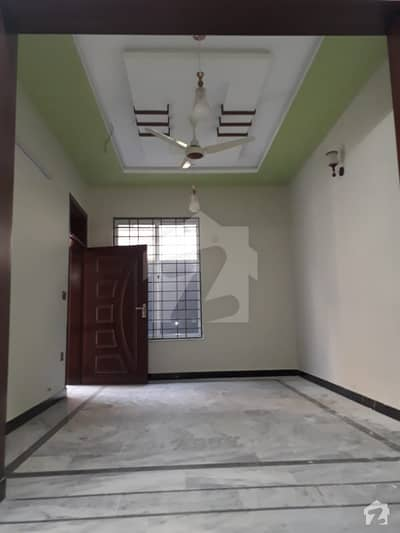غوری ٹاؤن فیز 4 غوری ٹاؤن اسلام آباد میں 2 کمروں کا 4 مرلہ مکان 62 لاکھ میں برائے فروخت۔