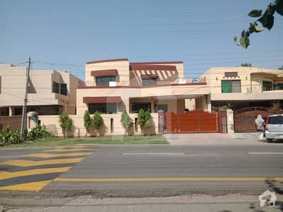 One Kanal Full Renovatid House For Rent In Dha Lahore