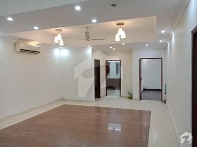 بزنس بے ڈی ایچ اے ڈی ایچ اے ڈیفینس فیز 1 ڈی ایچ اے ڈیفینس اسلام آباد میں 2 کمروں کا 6 مرلہ فلیٹ 50 ہزار میں کرایہ پر دستیاب ہے۔