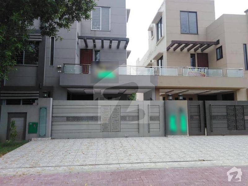 10 Marla Lavish House For Sale In Rafi Block Bahria Town Lahore