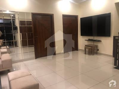 100 Sq Yd Like New Bungalow For Sale In 7 Ext