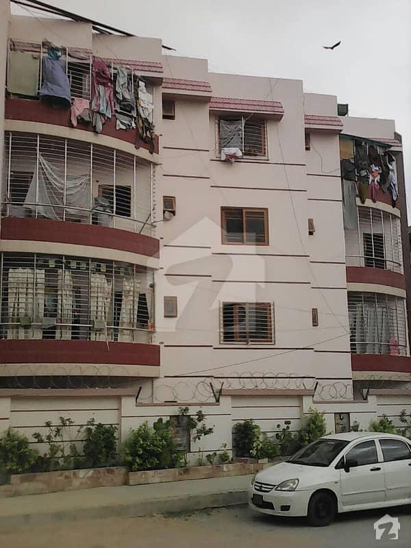 عامل کالونی کراچی میں 3 کمروں کا 7 مرلہ زیریں پورشن 1.5 کروڑ میں برائے فروخت۔