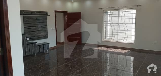 6700  Square Feet Upper Portion In Bahria Town Rawalpindi Is Available
