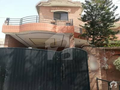 Stunning 1 Kanal House In Mustafa Town Available For Sale