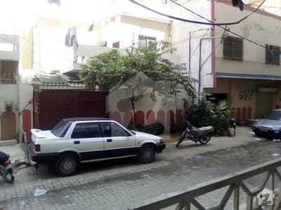 گلستانِِ جوہر ۔ بلاک 17 گلستانِ جوہر کراچی میں 6 کمروں کا 8 مرلہ مکان 2.5 کروڑ میں برائے فروخت۔