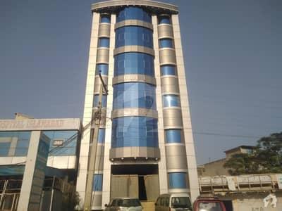 اقبال ٹاؤن اسلام آباد میں 7 مرلہ عمارت 10 کروڑ میں برائے فروخت۔