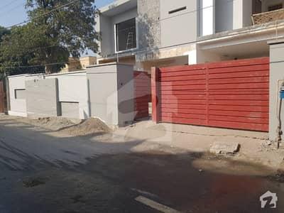 محمود آباد خانیوال روڈ ملتان میں 7 کمروں کا 17 مرلہ مکان 2.4 کروڑ میں برائے فروخت۔