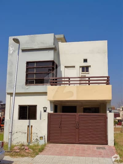 Fantastic Fabulously Located 5 Marla Corner House For Sale In Rafi Block Bahria Town