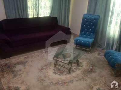 ڈیفینس کالونی کھاریاں میں 1 کمرے کا 2 مرلہ فلیٹ 40 لاکھ میں برائے فروخت۔