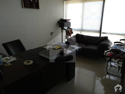 توحید کمرشل ایریا ڈی ایچ اے فیز 5 ڈی ایچ اے کراچی میں 5 مرلہ دفتر 1.4 کروڑ میں برائے فروخت۔