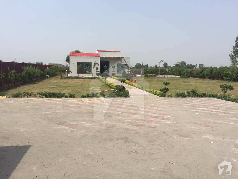 Royal Inn Farms Offers Farm House For Sale On Barki Road 7 Km From Dha