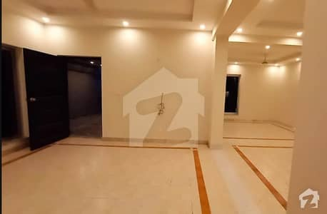 11 Marla Full House Renovated For Rent In Eden Avenue Society Airport Road Lahore