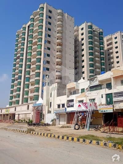 Flat In Saadi Road For Sale