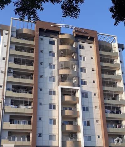 جناح ایونیو کراچی میں 2 کمروں کا 5 مرلہ فلیٹ 96 لاکھ میں برائے فروخت۔
