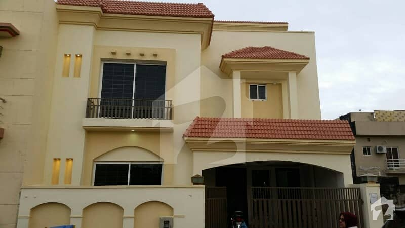 7 Marla Double Unit  New House On Boulevard Bilal Habshi Road