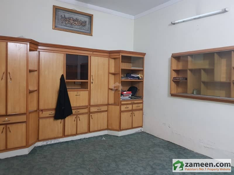 GM Colony House For Rent