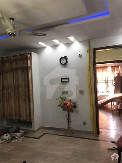 عوامی کالونی فیروزپور روڈ لاہور میں 1 کمرے کا 3 مرلہ فلیٹ 12 ہزار میں کرایہ پر دستیاب ہے۔