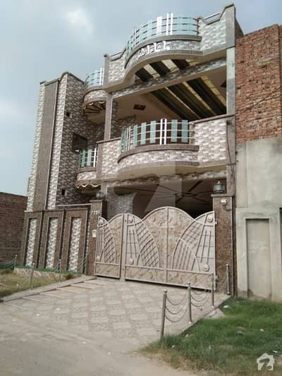 House Of 1575  Square Feet In Khayaban-E-Manzoor For Sale