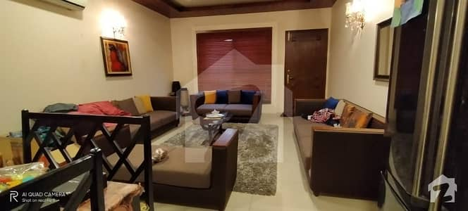 Dha Phase 6 Karachi 300 Yards Well Maintained Duplex For Sale