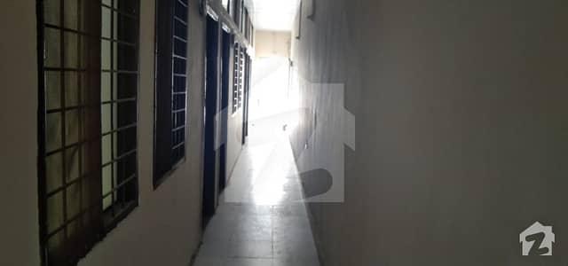 پی آئی اے ہاؤسنگ سکیم ۔ بلاک بی پی آئی اے ہاؤسنگ سکیم لاہور میں 1 کمرے کا 5 مرلہ کمرہ 12 ہزار میں کرایہ پر دستیاب ہے۔