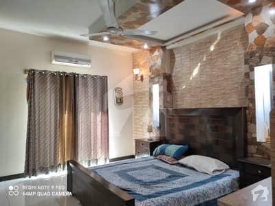 بحریہ ٹاؤن شاہین بلاک بحریہ ٹاؤن سیکٹر B بحریہ ٹاؤن لاہور میں 5 کمروں کا 10 مرلہ مکان 2.35 کروڑ میں برائے فروخت۔