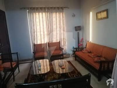 جی ۔ 6 اسلام آباد میں 7 کمروں کا 10 مرلہ مکان 4.5 کروڑ میں برائے فروخت۔