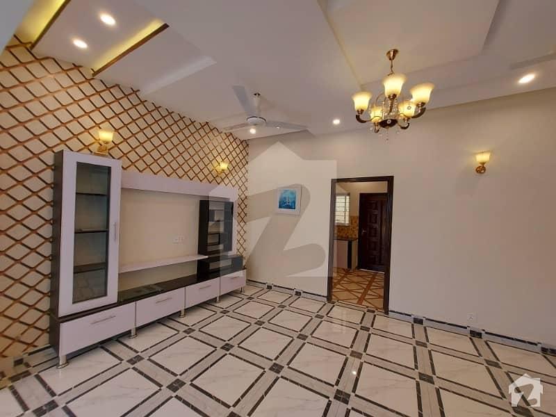 اسٹیٹ لائف فیز 1 - بلاک اے اسٹیٹ لائف ہاؤسنگ فیز 1 اسٹیٹ لائف ہاؤسنگ سوسائٹی لاہور میں 3 کمروں کا 5 مرلہ مکان 1.22 کروڑ میں برائے فروخت۔