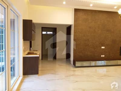 1 Kanal Upper Portion Is Available For Rent Near Jalal Sons And Al Fatah