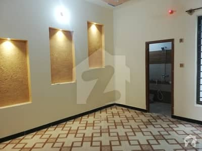 ماڈل ٹاؤن واہ میں 4 کمروں کا 6 مرلہ مکان 40 ہزار میں کرایہ پر دستیاب ہے۔