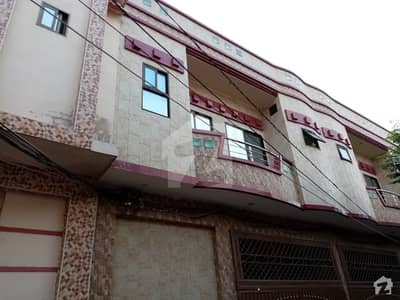 ایوب پارک اوکاڑہ میں 4 کمروں کا 5 مرلہ مکان 80 لاکھ میں برائے فروخت۔