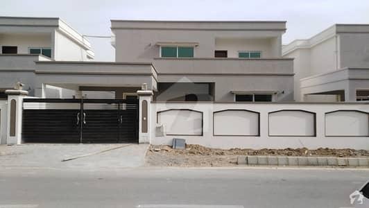 فالکن کمپلیکس نیوملیر ملیر کراچی میں 5 کمروں کا 1 کنال مکان 6.25 کروڑ میں برائے فروخت۔