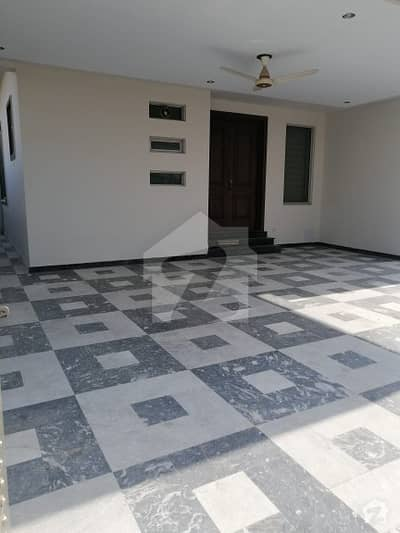 24 Marla Upper Portion For Rent In G14 60x100